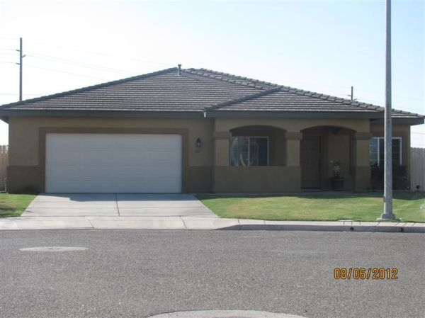 $1400 4br - 2115ftsup2 - Imperial Sky Ranch Single Story 4BED 3 BATH (Imperial, CA)