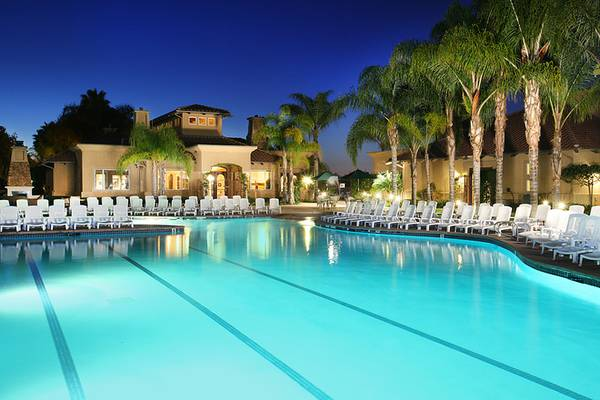 - $2575 2br - ELEGANT LUXURIOUS FULLY FURNISHED PROMINENCE APARTMENTS (SAN MARCOS)