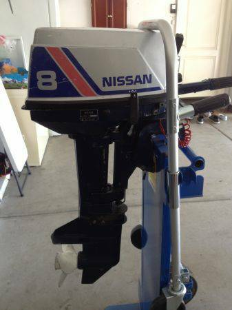 NISSAN 8 HP OUTBOARD MOTOR 2 STROKE RUNS GREAT GAS TANK INCLUDED $600 - $600 (WOODLAND HILLS, CA.)