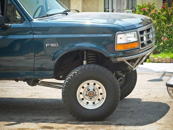 94 f150 prerunner extended cab short bed. 4.9L inline 6 - $4200 (clx)