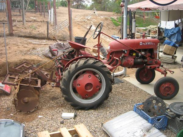 1948 Farmall Cub Tractor w attachments - $3750 (Poway, Ca)