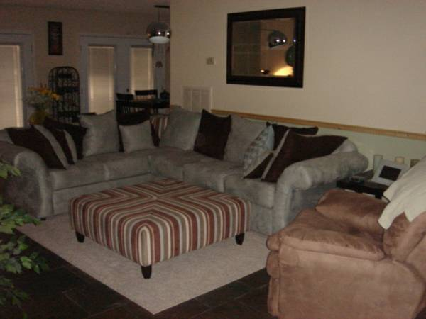 - $600 1900ftsup2 - YOUR SEARCH HAS ENDED Beautiful room for rent in Summerlin (Buffalo and Alta)