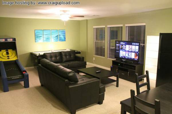 $499 2800ftsup2 - Awesome Home W Theater Screen, Air Hockey, Putting Green Plus More... (Blue Diamond Decatur)