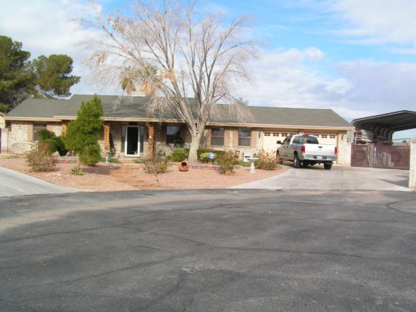 4br - 973397339733 Resort Like Solar Heated Pool Spa Home - Very Private (15 Minutes NW of Vegas Strip)