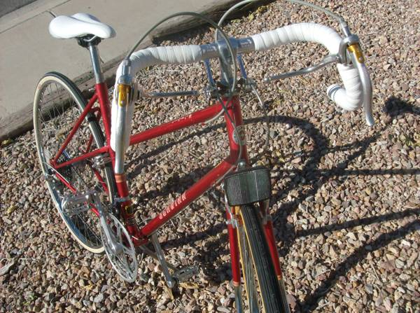 Womens SCHWINN LE-TOUR - $140 (Sunset Boulder hwy)