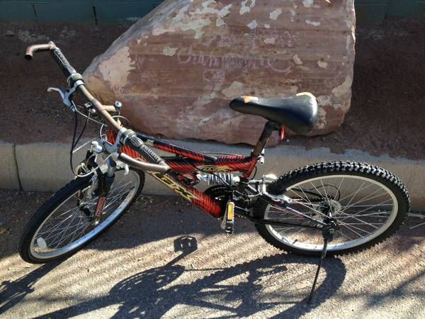 Mongoose MGX DX-R 21 Speed Mountain Bike Dual Suspension - $100 (Las Vegas)