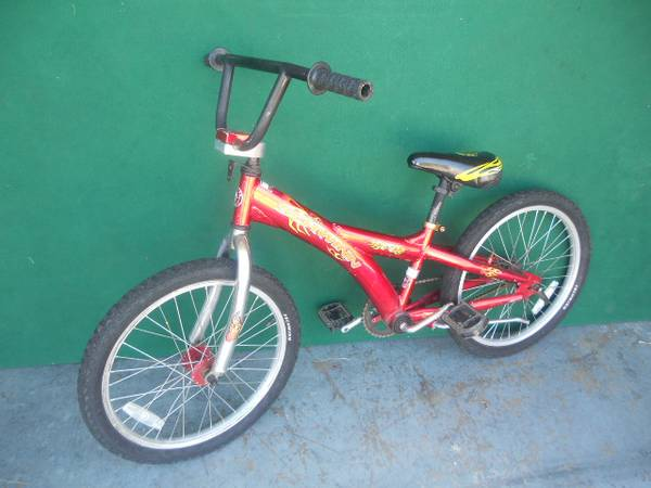 Bicycle SCHWINN - $25 (Henderson)