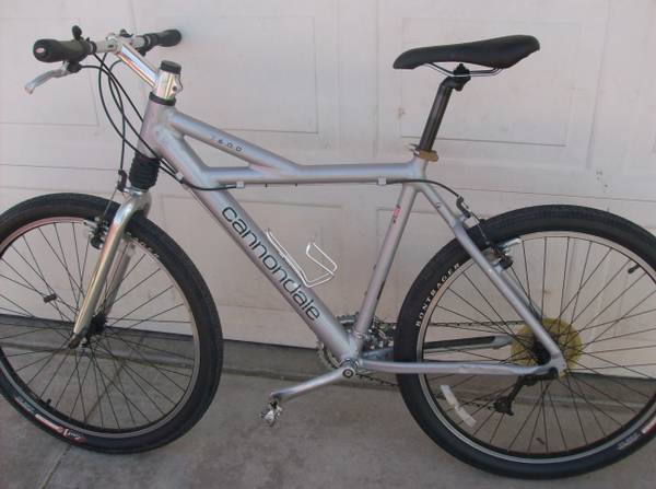 Cannondale f600 Mountain Bicycle Mtn bike - $365 (Henderson)