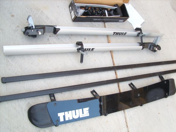 Bike Bicycle Thule Roof Rack - Nearly New - $200 (Green Valley Pebble)