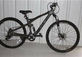 mongoose Xr pro mountain bike,reg price450.00 - $300 (henderson)