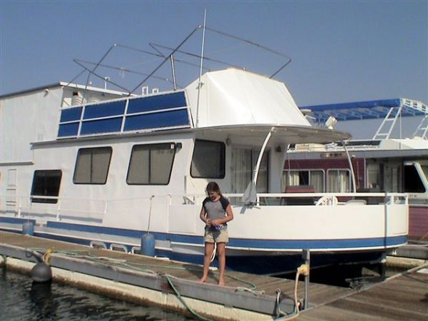 HOUSEBOAT 57 3bdrm 2.5 bath - $20000 (Lake Mead Marina)