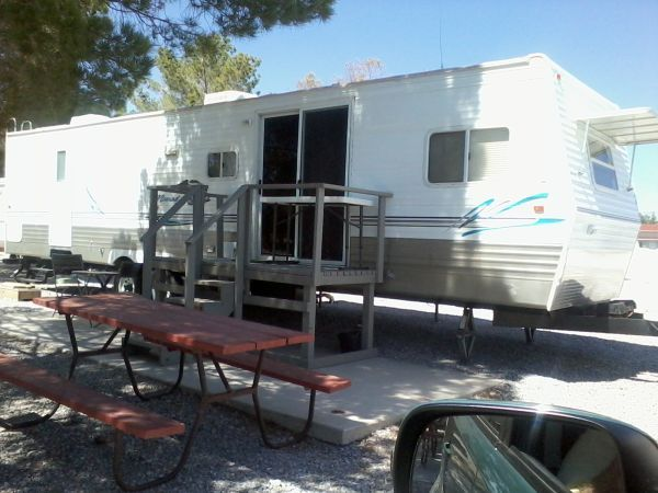 Travel Trailer 39 ft 06 Nomad Park Model 3712 Travel Trailer for sale - $19999 (1801 E Crawford Way G13Pahrump, NV 89048)