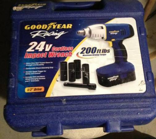 Goodyear 24V cordless impact wrench set - $85 (north las vegas)