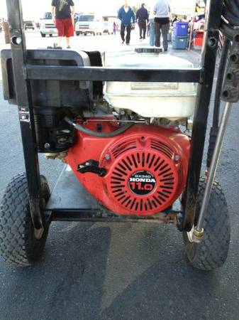 Excell pressure washer 3200 psi 11HP Honda engine 4 GPM - $480 (North Las Vegas )