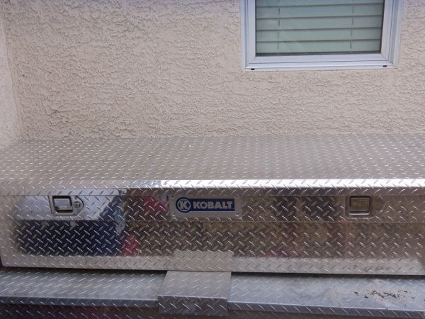 Kobalt low profile truck toolbox - $125 (north las vegas)