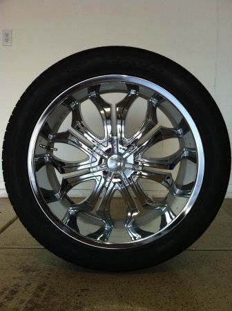22 inch Rims 30540R22 Tires, O.B.O. - $1300 (Southern Highlands)