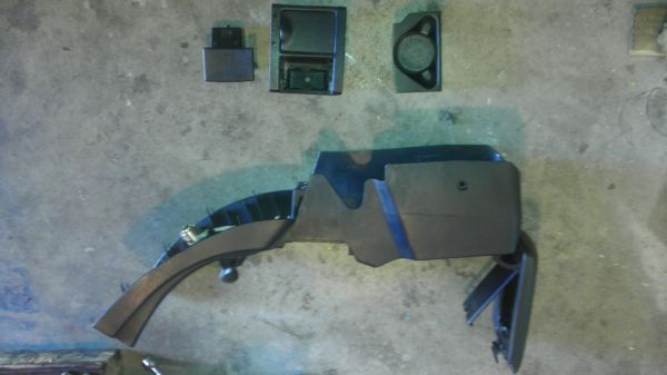 1995-1999 Mitsubishi Eclipse Black Center Console - $60 (Las Vegas)