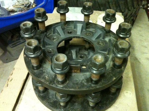 22.5 wheel adapters for F350 - $400 (North West Vegas)