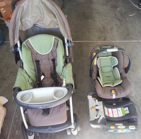 Chicco Cortina Keyfit 30 Travel system (Adventure) - $150 (South Summerlin)