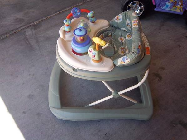 BABY WALKER (SAFETY 1ST) - $20 (MOUNTAINS EDGE)