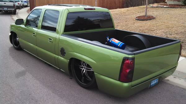 Custom Show Truck - 2005 GMC Sierra Bagged On 24s With Nitrous - $24500 (Denver, CO)