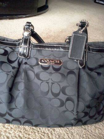 Black Coach purse - $110 (Cheyenne 215)