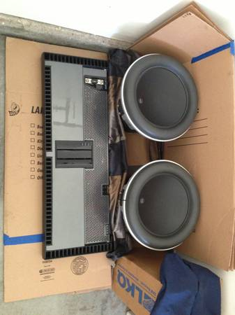 2 jl audio 13.5 w7 with a rockford fosgate t4000bd power - $2100 (Las Vegas )