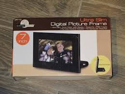 7-inch Ultra Slim Digital Picture Frame - $40 (Summerlin)