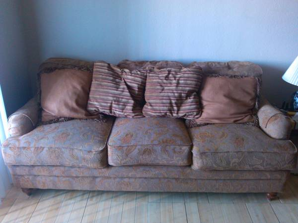 Furniture Electronics moving sale - $1 (NW Durango 95 fwy)