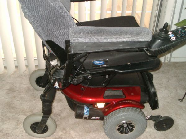 JAZZY POWER CHAIR - $1500 (GREEN VALLEY)