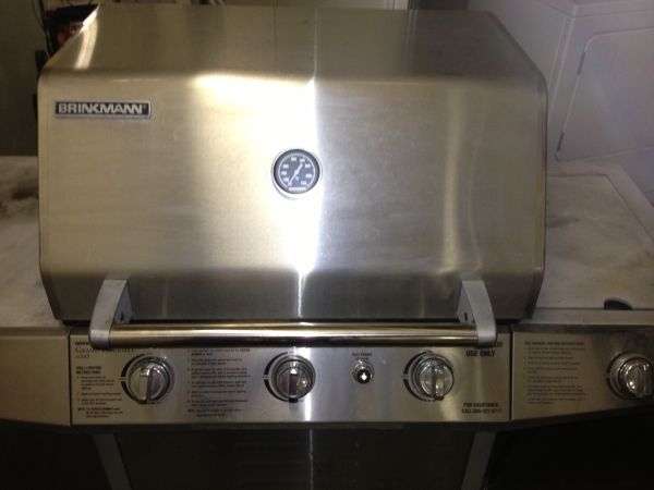 Very Large Stainless Steel Brinkmann Gas Grill - $100 (Henderson, NV)