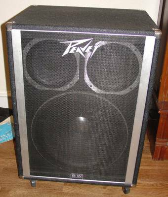 Peavey 1810 Bass cab. w 1-18 Black Widow and a pair of 10 Scorpions - $240 (S. Las Vegas)