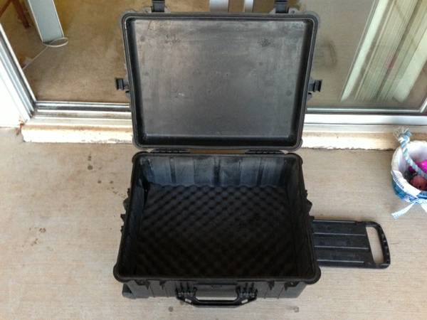 Pelican 1610 case black - $80 (Las vegas, NV)