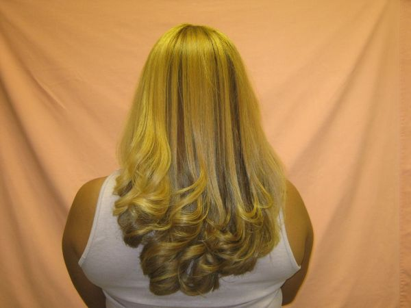 BLONDE100 REMY INDIAN HAIR 22 24 26BLONDE (SELF EXPRESSIONS SALON)