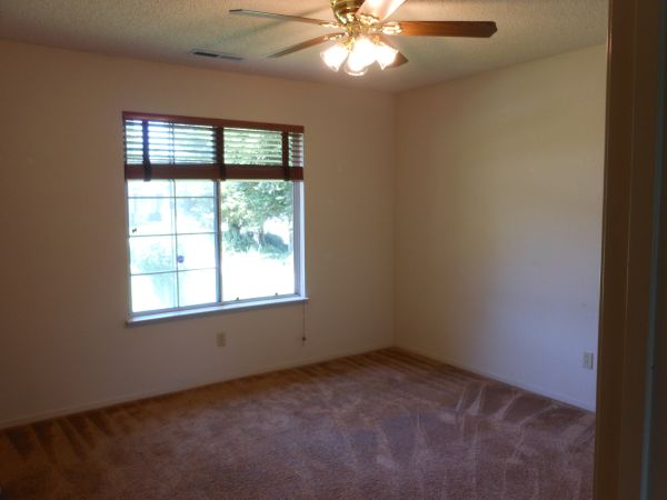 $425 Two Bedrooms for Rent (UC Merced Student, Females Only- Furnished) (923 Clemson Ct. Merced, Ca. 95348)