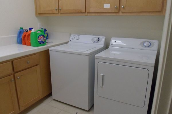 $420 Rooms for rent Near Cattracks (El redondo area)