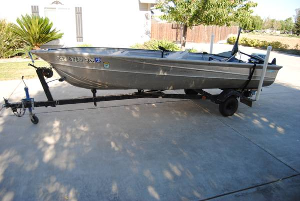 1981 14ft valco aluminum boat - $1300 (Atwater)