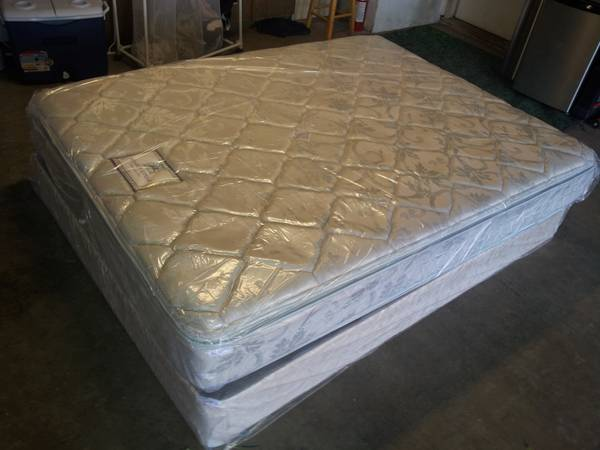 New double side pillow top queen bed