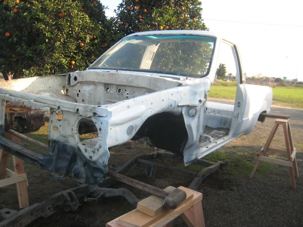 1984-88 3 1st generation toyota 4runner bodies - $100 (merced)