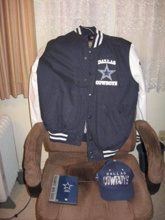 5x Superbowl chions Dallas Cowboys jacket - $235 (Atwater, Ca.)