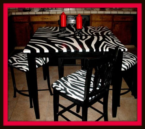 Zebra and Striped Bedroom Set (Modesto and everywhere)