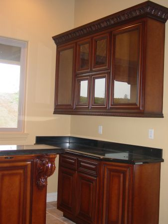 Custom Cabinets, Closet Organizers, Garage Cabinets and much more (Modesto and surrounding areas)