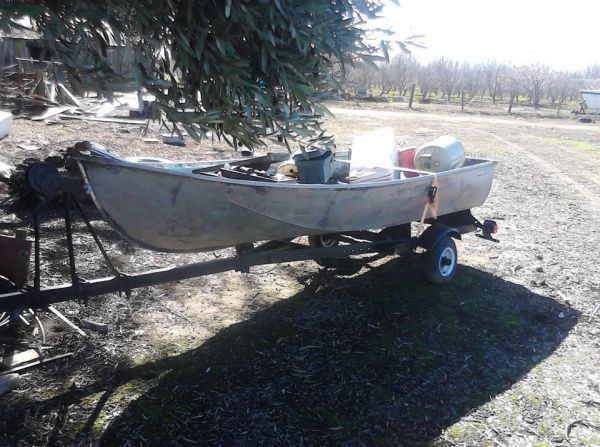 small fishing boat and trailer - $400 (merced)
