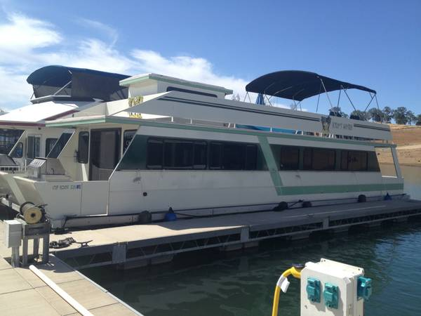 Houseboat - New Melones - $85000 (New Melones Reservior )
