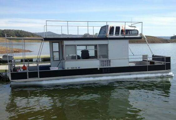 houseboat for rent very affordable fun - $780 (melones )