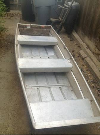 10ft flat bottom Jon boat 3.0 gamefisher - $700 (Oakdale )