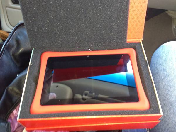 Nabi2 tablet mint condition - $150 (Modestoceres)