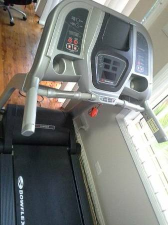 Bowflex Series 5 Treadmill (Great Condition) - $550 (Turlock, CA)