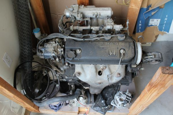 Honda d16a6 Engine wTransmission - $600 (Sonora, California)