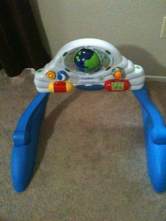 Leap frog baby gym - $30 (Riverbank)